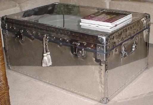 Aluminium trunk coffee table